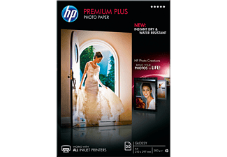 HP Premium Plus Glossy Photo Paper A4 - (CR672A)