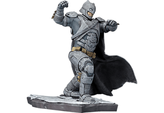 Batman vs Superman Dawn of Justice Batman ARTFX+ Statue