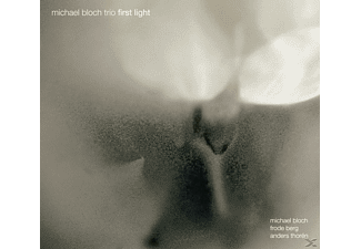 Michael Bloch Trio - First Light [CD]