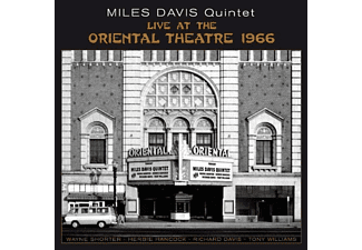 Miles Davis - At the Oriental Theatre 1966 (CD)